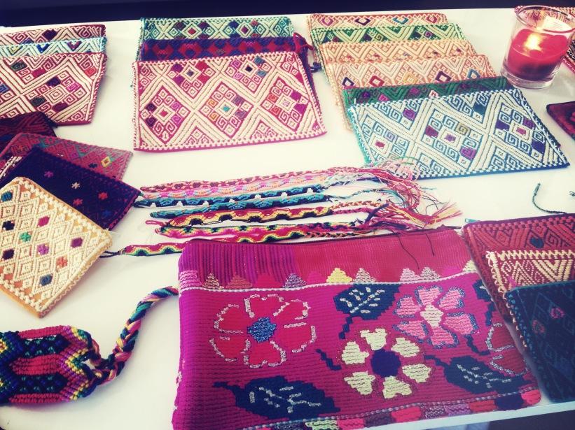 Pochettes et bracelets du Chiapas