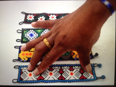 Bracelets manchettes confectionnés par Jaime Carillo. Jalisco